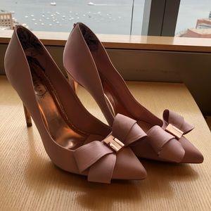 ff3bcff4cd Ted Baker Shoes - Ted Baker Skalett Pink Bow Heels - Size 9